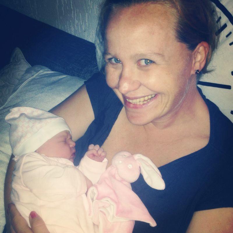 Je bevalling 'life' delen met dierbaren?