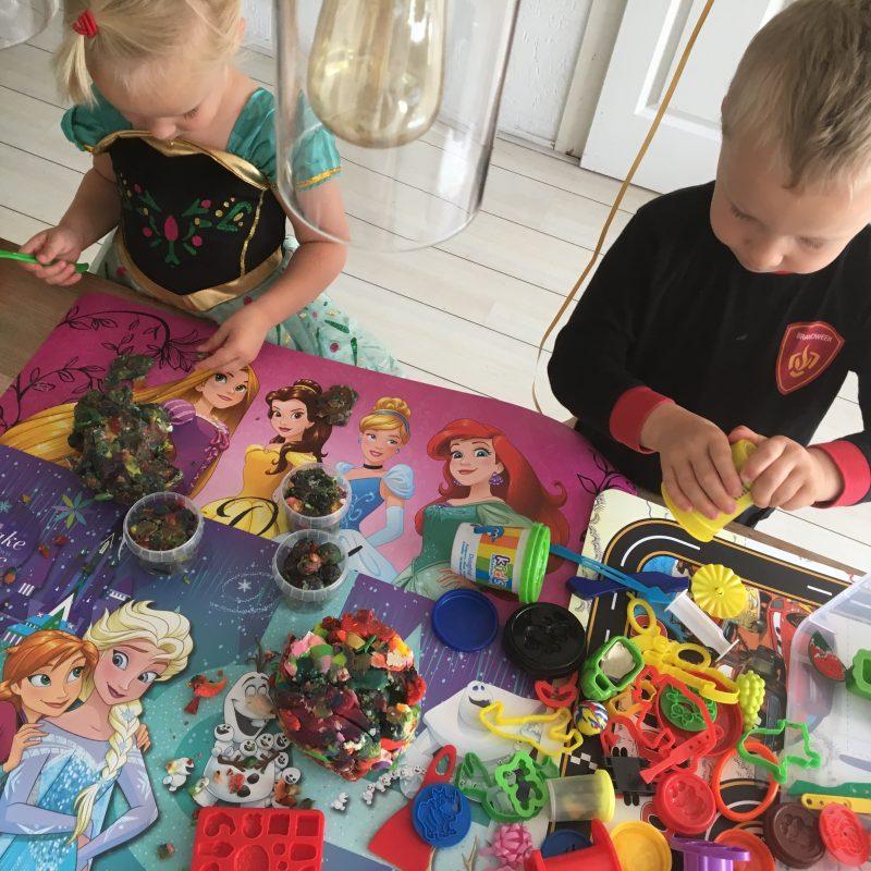 Hasbro organiseert i.s.m. de speelparadijzen van Ballorig een tof Play-Doh event.