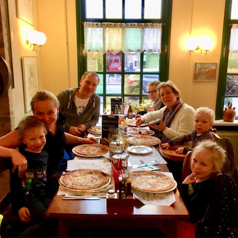 Pannenkoekdag brengt jong en oud bij elkaar * Koopmans & Tefal organiseren dit nationale feest voor de 12e keer