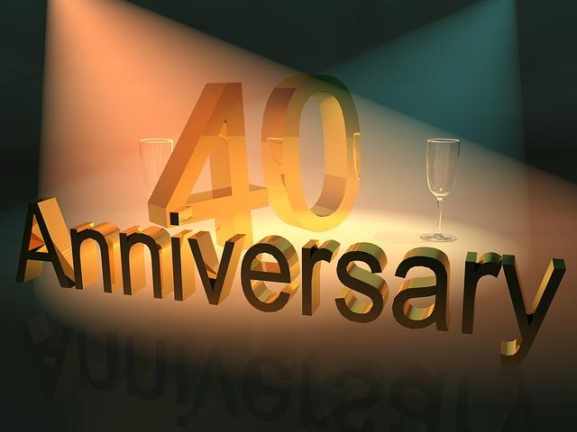 40 jaar, Gefeliciteerd! Het leven begint nu echt! Tradities om het feestelijk te vieren begint hier