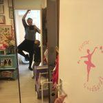 Yoga voor iedereen, echt? Het geitenwollensokken-imago is langzaamaan het veranderen
