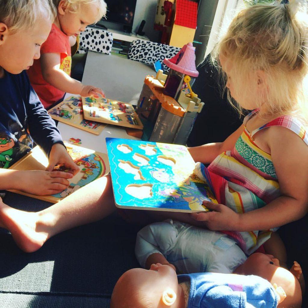 spelen, kinderen, binnen, ontwikkeling