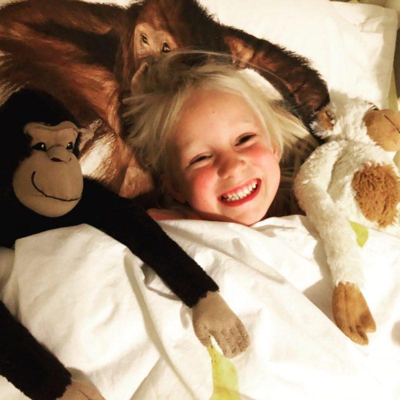 """Lekker slapen met nieuw SNURK beddengoed voor ons aapje die slaapt in """"Circus stijl"""""""