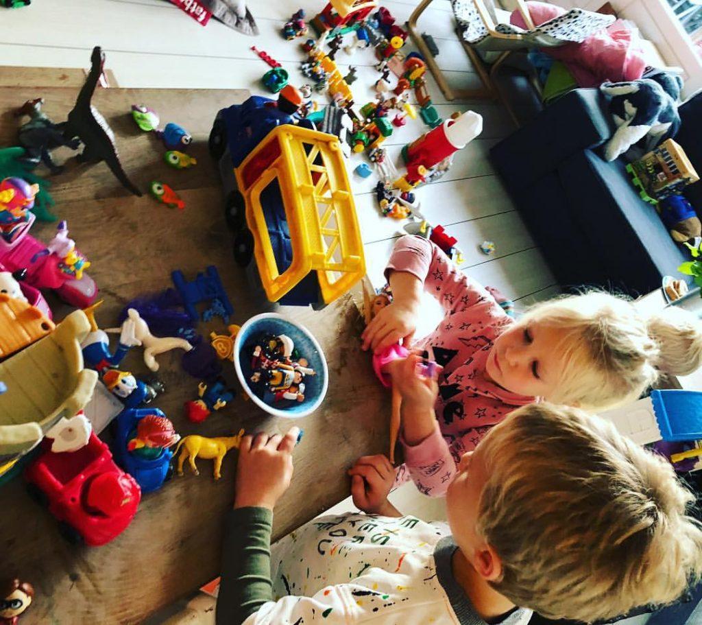 fantasiewereld , ontwikkeling 30 minuten per dag spelen is belangrijk voor de ontwikkeling van je kind en dit is waarom