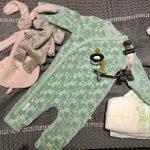 Het eerste boxpakje, welk babyoutfit trokken jullie je kindje aan, direct na de geboortje?