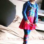Ztringz: magisch vingertouw in een hip, kleurrijk jasje