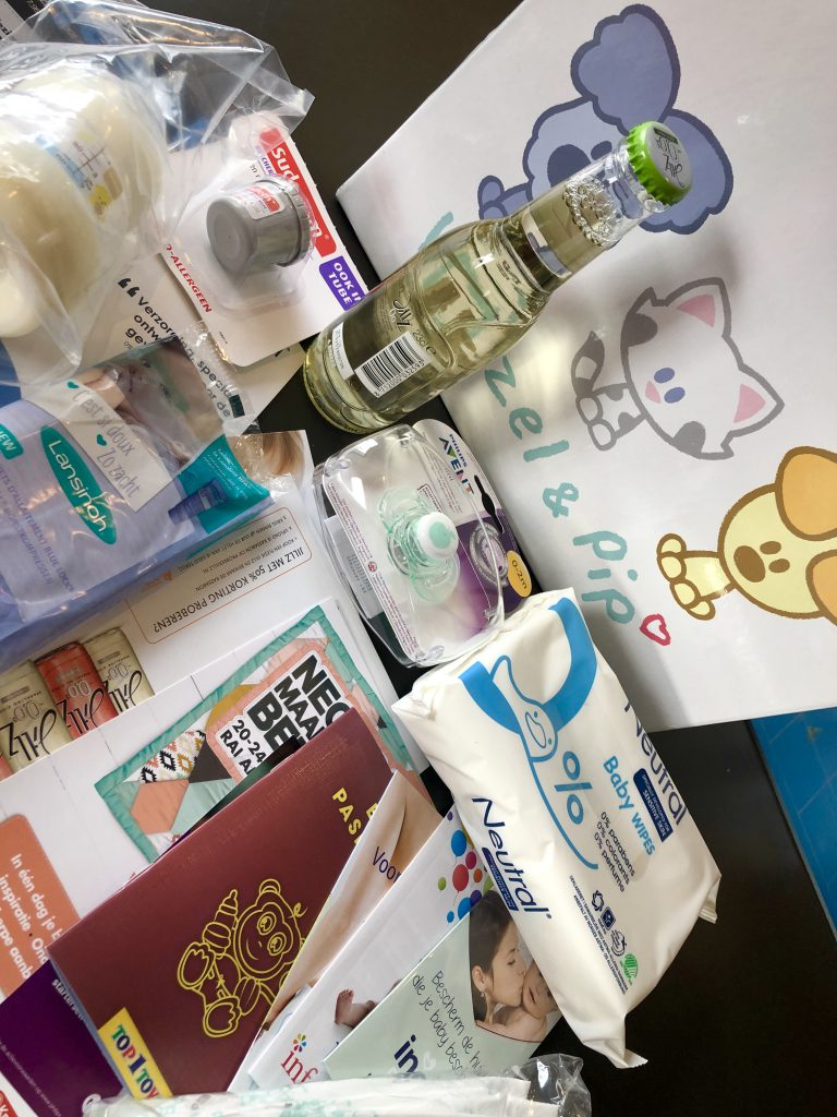 babybox, woezel en pip, babybladen, babydoos, babybox, zwangerschapsbox, gratis
