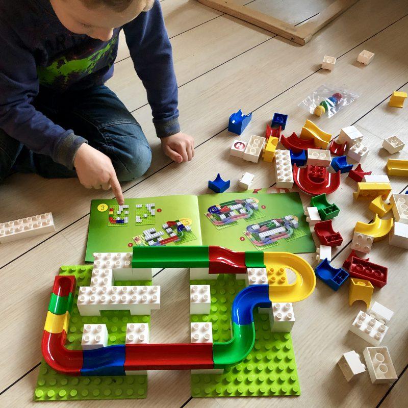 Hubelino knikkerbaan: de fantasie van kinderen kent geen grenzen.