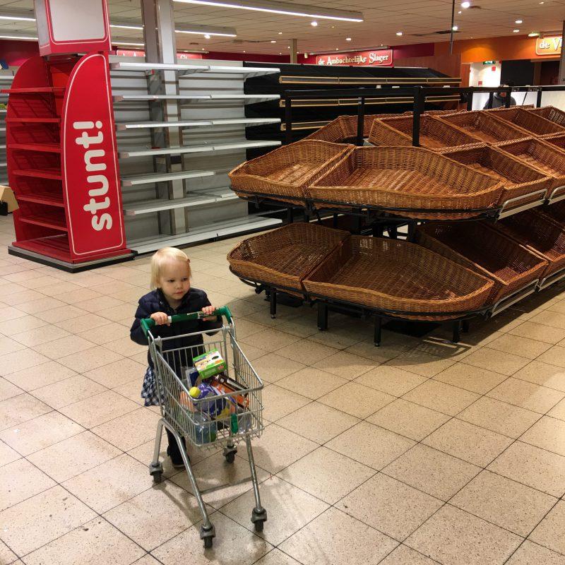 Waar shoppen jullie je favoriete kinderkleding voor een jarig kindje?
