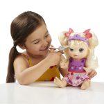 De magie van poppen. Van ouderwetse pop tot de interactieve Baby Alive.