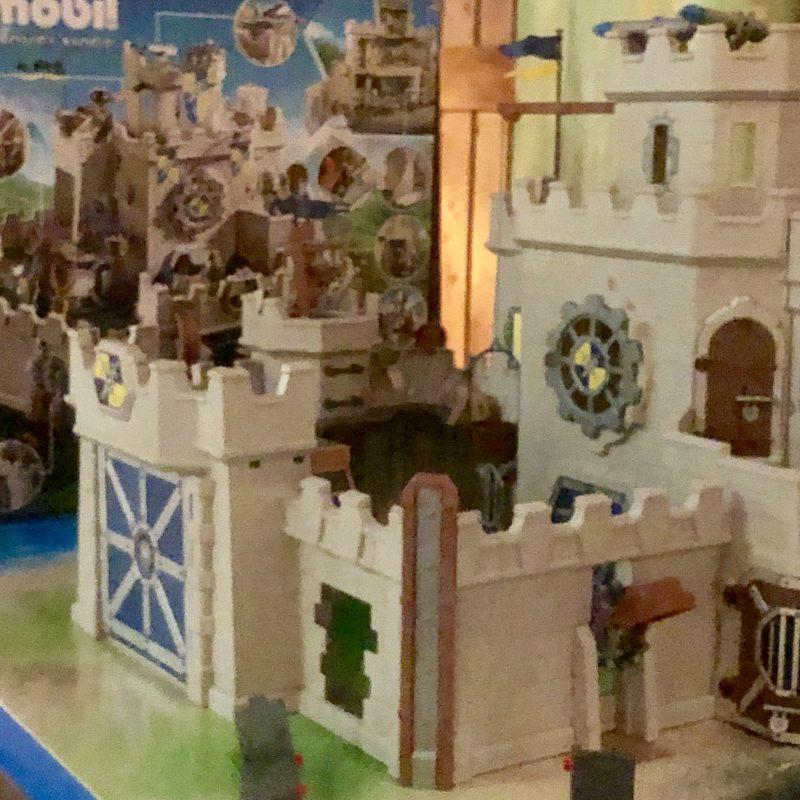 De grote burcht van de Novelmore ridders is Playmobil heaven voor ridders & vijanden