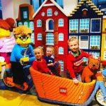 Opening eerste LEGO flagship store van Nederland