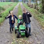 Hoe maak je van 1 hectare een kinderparadijs? Een houten speelhuisje biedt uitkomst