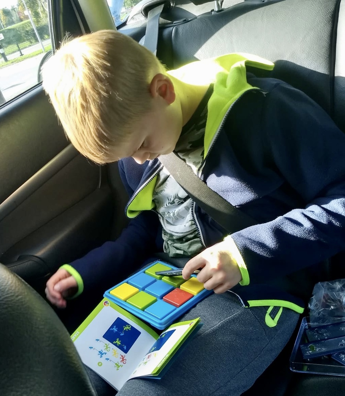smartgames, colourcatch, spel, speelgoed, educatief speelgoed