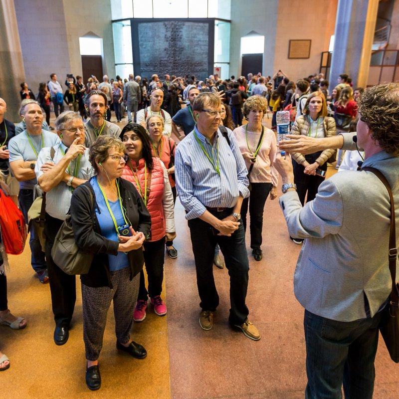 Ervaar het ware Barcelona gevoel met de enige Nederlandstalige touraanbieder in de Sagrada Família