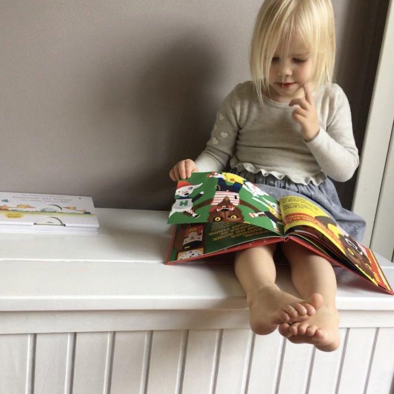 Lezen is meer dan leuk. Wij pakken er een boekje bij.