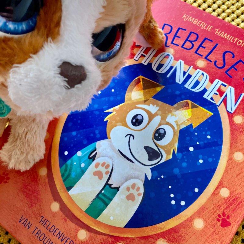 De heldenverhalen van rebelse honden in één tof boek verzameld