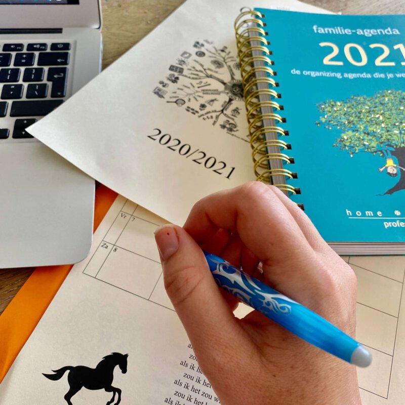 Dé 2021 Familie agenda waar je blij van gaat worden. Zo creër je balans in alle hectiek