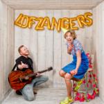 lofzangers.nl, serenade, muzikaal cadeau, lofzangers, zanger, gitaar